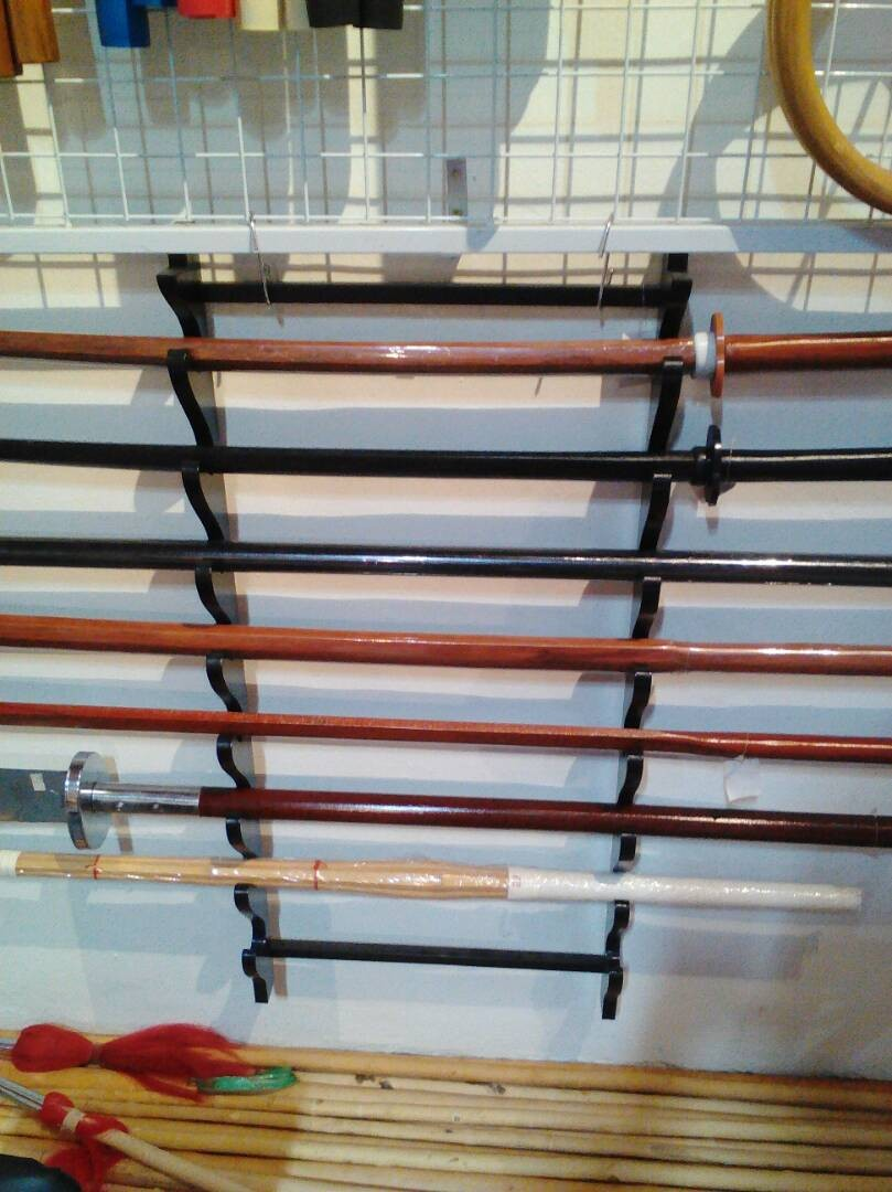 Wall Sword / Weapons holder (9 stack)
