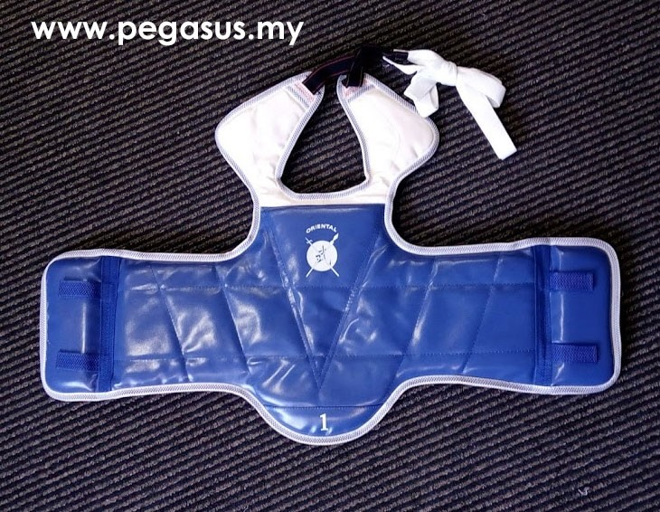 ORIENTAL REVERSIBLE BODY PROTECTOR (RED & BLUE)