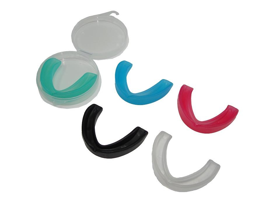 Omas Single mouth guard with box